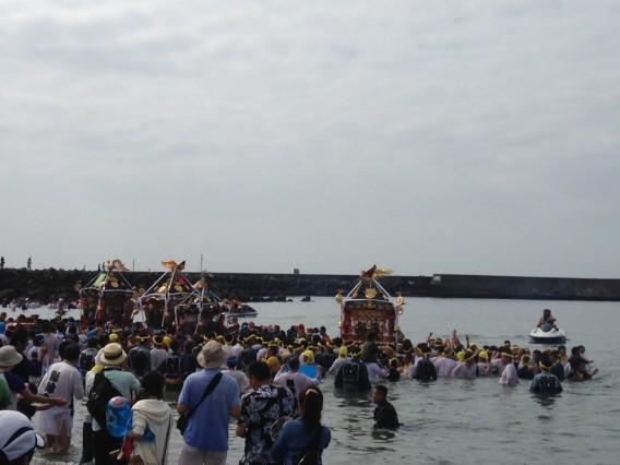 浜降祭 入水