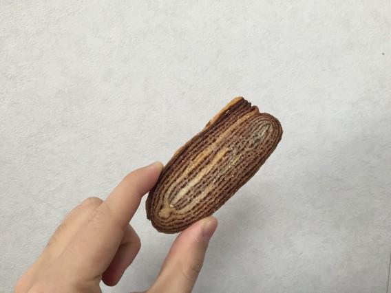 米粉入りチョコパイ 中身