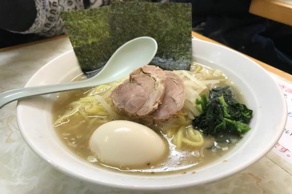 荒湘 塩ラーメン 煮卵