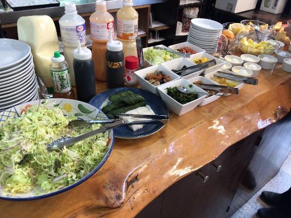平塚 やまいち サラダ
