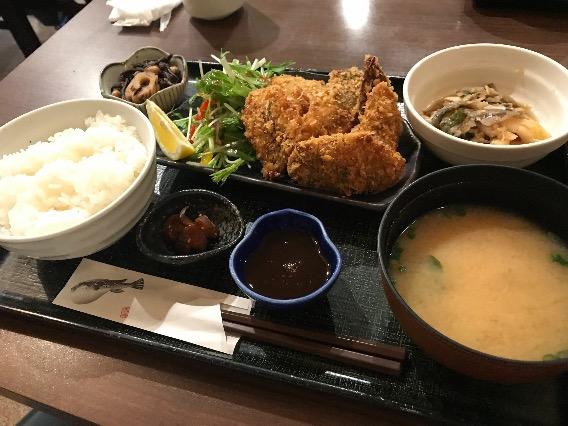 紅谷町 魚屋 魚八 アジフライ定食